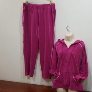 Hp💃🕺Bold spirit woman vintage fuchsia sweatsuit